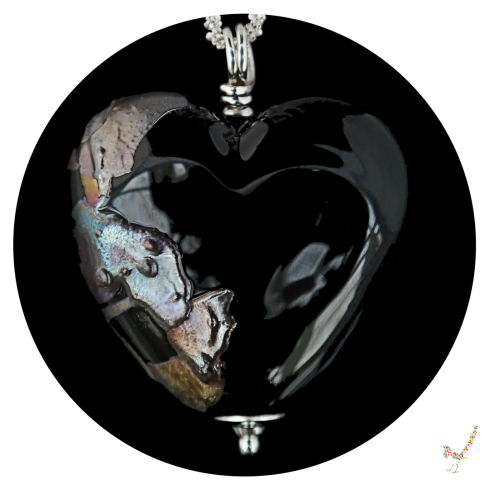 heart necklace, necklace, unique necklace, lampwork necklace, jewellery, jewelry, black necklace, handcrafted jewellery, black heart