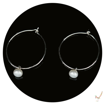 hoop earrings, sterling silver hoops, freshwater pearls, freshwater pearl earrings, earrings, handcrafted earrings, earring, pearl earrings